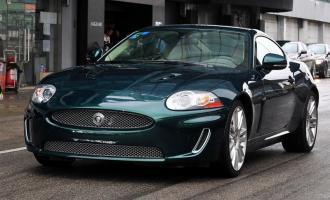 2009款XKR 5.0L V8机械增压硬顶跑车
