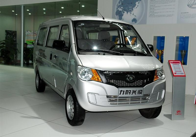 2011款1.3L标准型