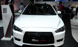 2012款经典 1.8L CVT黑白版