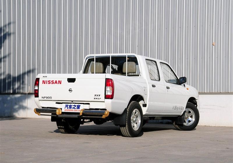 2013款2.4L汽油两驱高级型