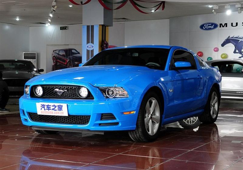 2013款5.0L GT手动标准型