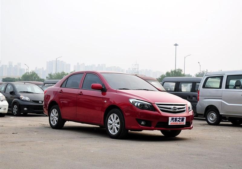 2013款1.5L 自动尊贵型