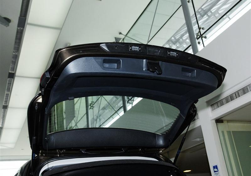2013款 1.8TSI 自动四驱豪华型