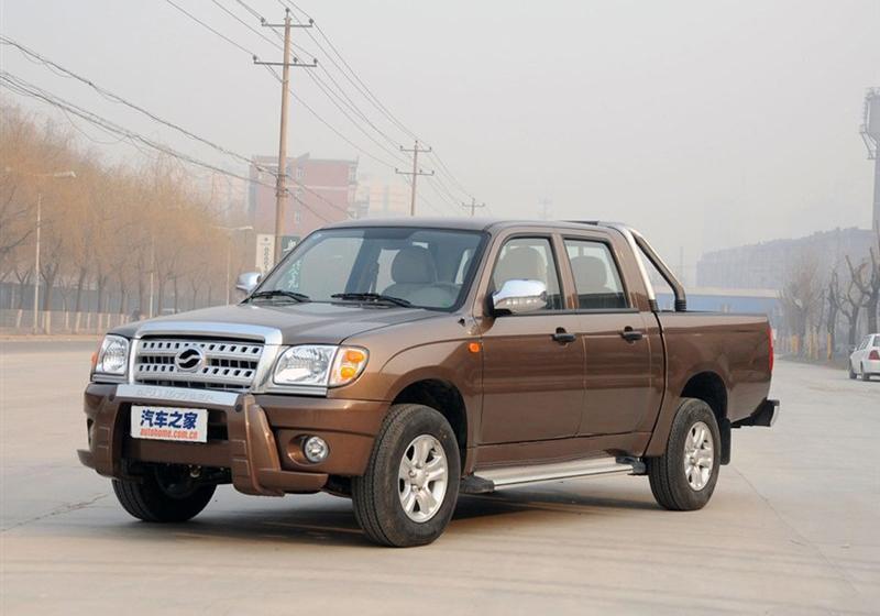 2013款2.2L两驱汽油精英版长轴