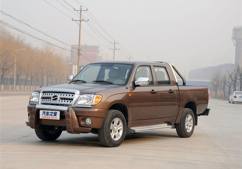 2012款2.2L两驱汽油基本型短轴