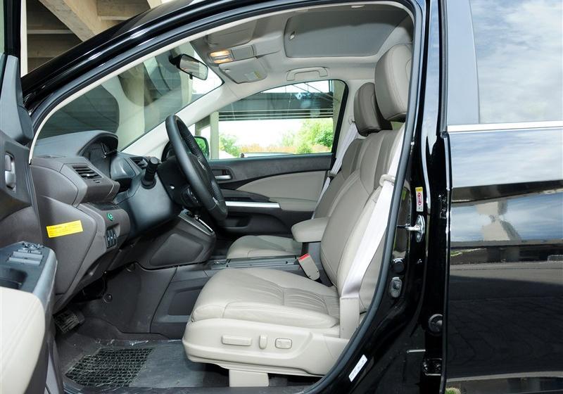 2012款 2.4L 四驱尊贵导航版