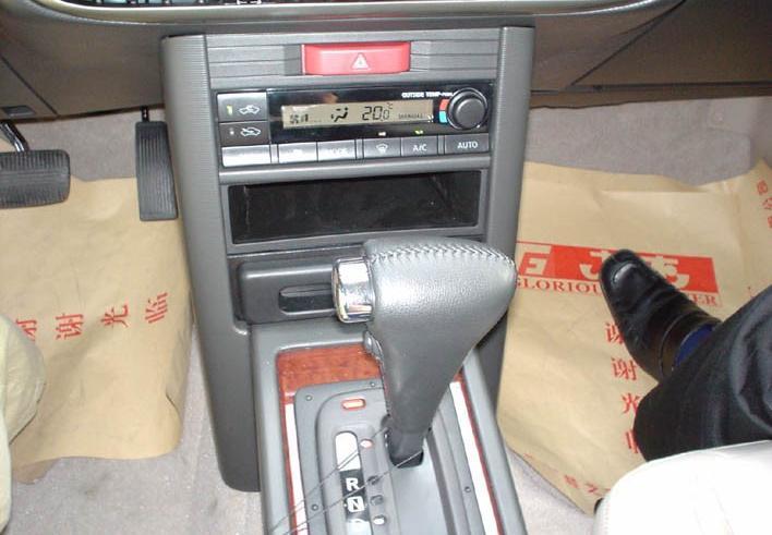 2004款2.5 豪华型