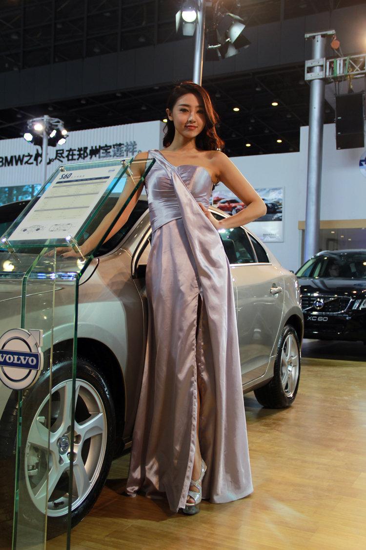 2013大河车展美女车模