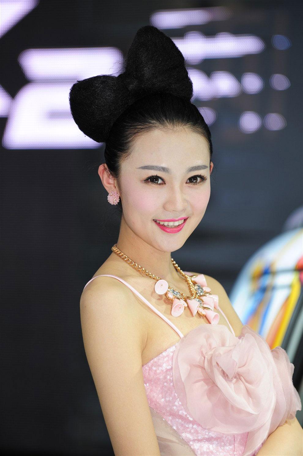 北京车展东风悦达起亚车模