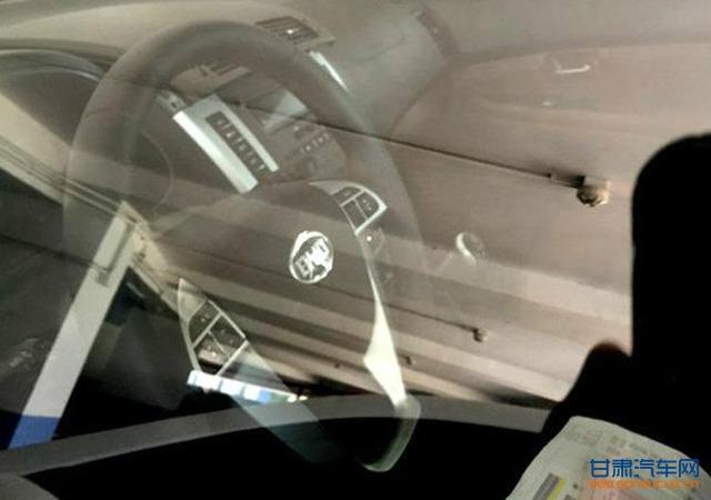 曝比亚迪新款S6实车更多图片 前脸调整明显