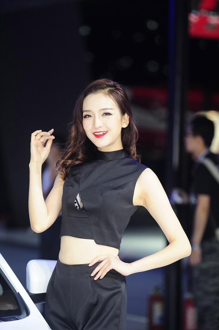 2015广州车展吉利汽车车模性感爆表_第1张