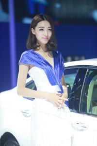 2015广州车展长安福特车模 像王丽坤般可爱