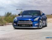 蓝珍珠日产GT-R改装拉丝铝金属轮毂