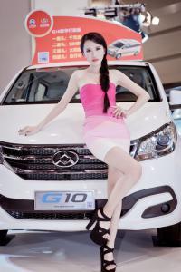 2015大河车展大通G10漂亮车模