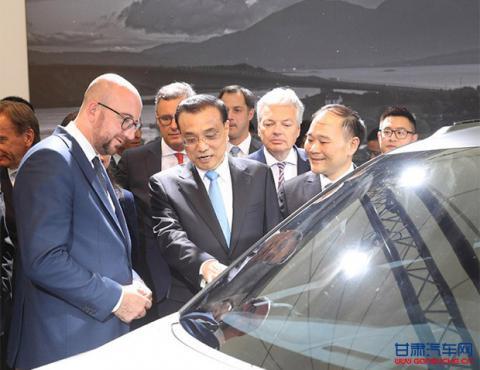 李克强总理与比利时首相参观吉利沃尔沃创新成果展